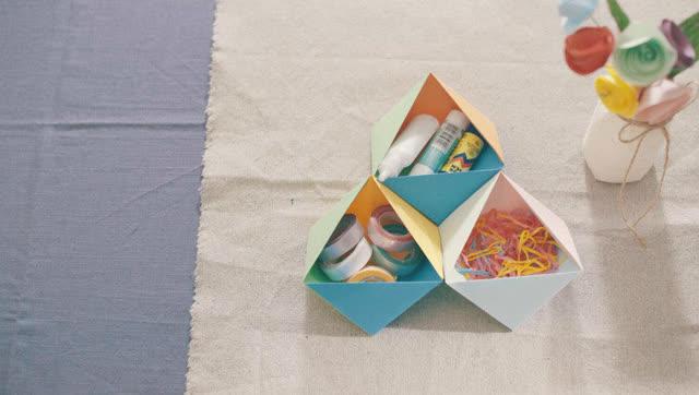 东西物语 | 创意折纸-立体花瓣贺卡