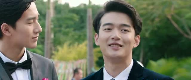 许飞-《不说再见》《谁的青春不迷茫》 宣传曲