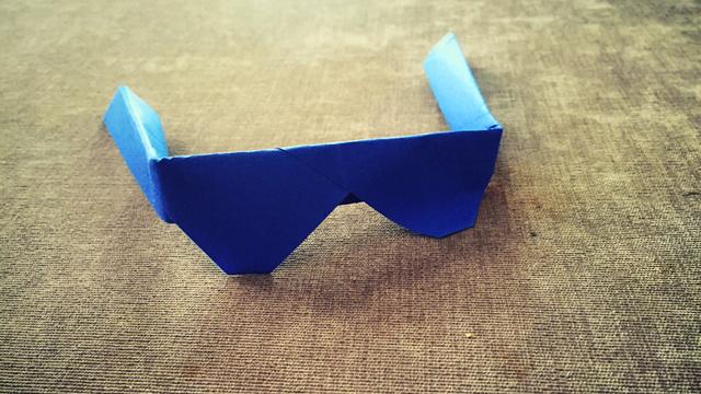 第221期 儿童折纸:眼镜折纸视频教学