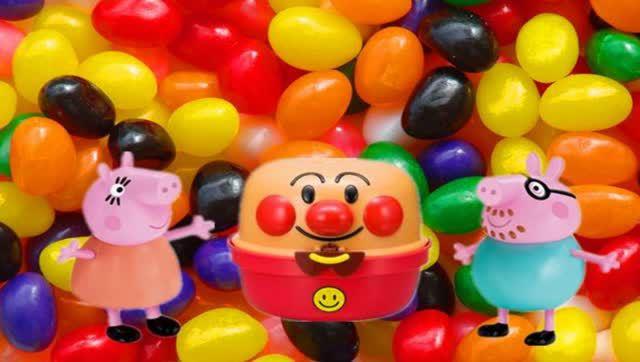 小猪佩奇和乔治制作超人气水晶泥雪糕冰淇淋玩具视频