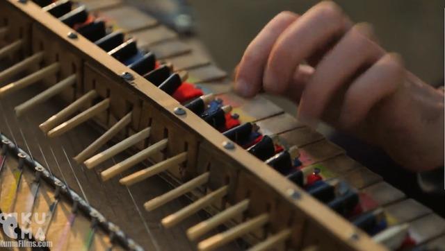 你听过用筷子制作的钢琴吗