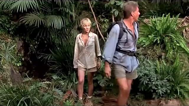 一男一女被困在荒岛,为了求生他们不惜一切代价
