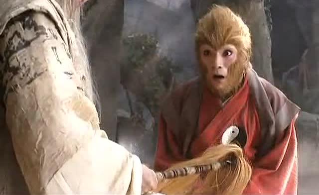 菩提祖师在孙悟空的头上敲了三下,孙悟空竟然明白了他的意思