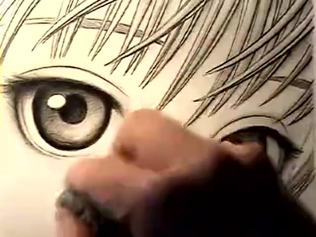 出一双漂亮的二次元眼睛