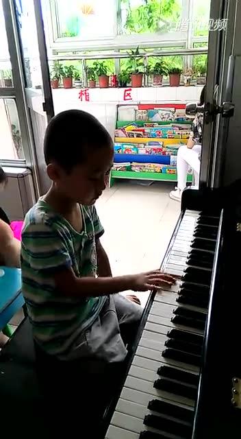 数鸭子钢琴曲