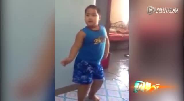 菲律宾男童模仿美国流行歌手激情热舞蹿红网络截图