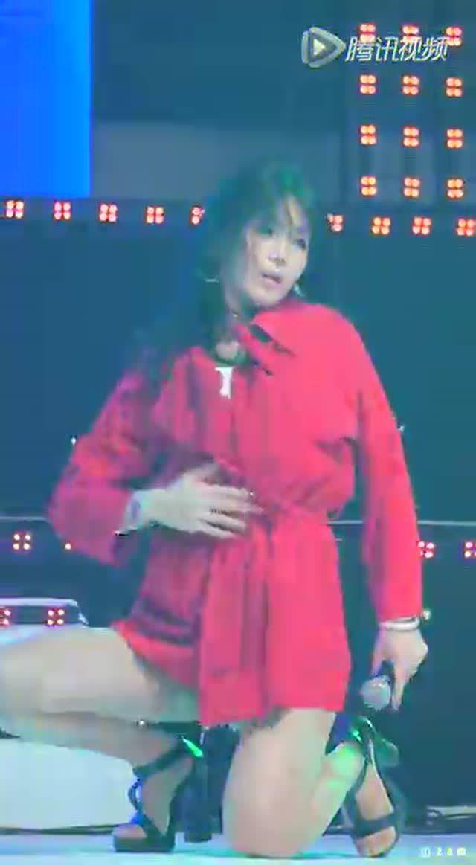 laysha热舞_韩国美女组合laysha大尺度热舞 内裤快要看见了