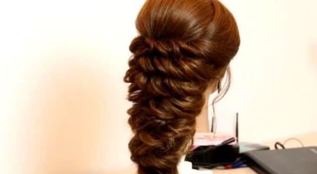 很美的新娘晚礼服层叠式发型编发教程