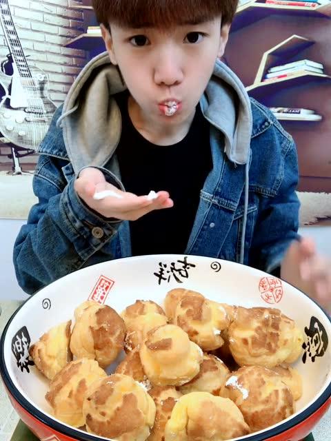 大胃王韩文龙 真的爆了