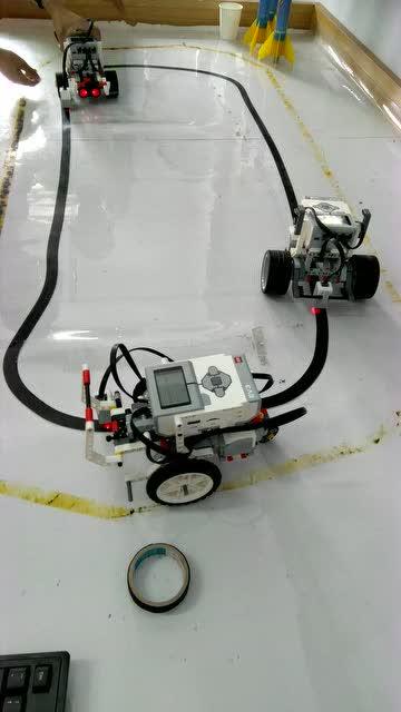 玩具循迹车电路图