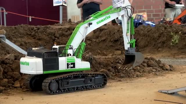 挖掘机工作表演 儿童挖掘机汽车玩具大全