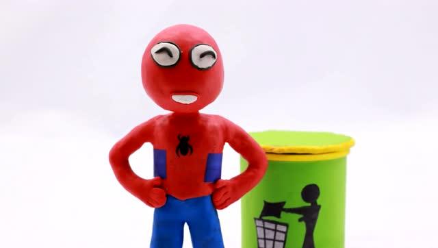 冰雪奇缘橡皮泥动画:绿巨人乱扔香蕉皮滑倒蜘蛛侠,被批评教育