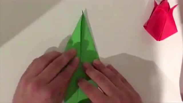 小浩折纸,教你折非常漂亮的郁金香!
