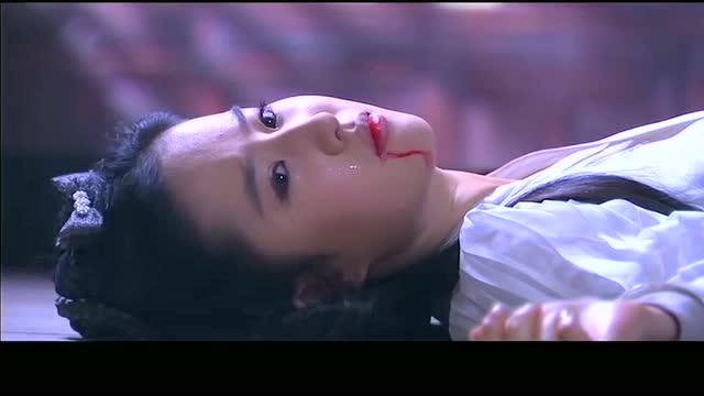 《神雕侠侣》小龙女无法接受这个事实,气的吐血晕倒图片