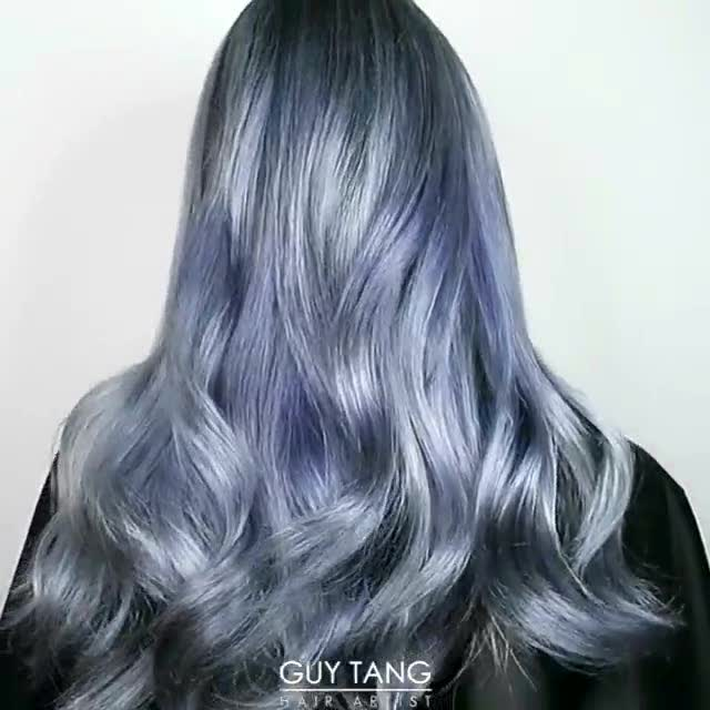 2017最流行的蓝灰色的头发确实比一般颜色好看