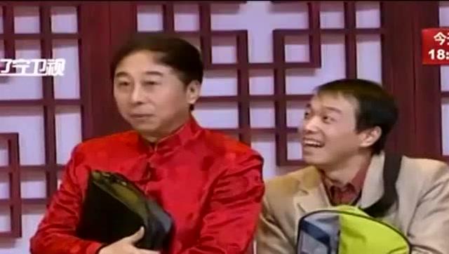 冯巩,宋宁搞笑小品《返乡》太逗了