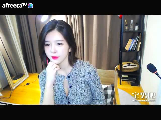 韩国女主播伊素婉激情热舞图片