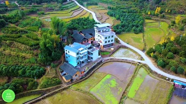 新闻 拍摄位置位于湖南省邵阳市新宁县靖位乡,这里群山环绕,风景优美