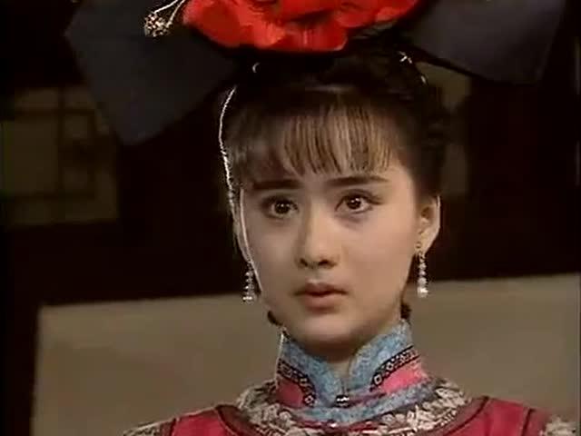《梅花烙》吟霜打扮成宫女私闯皇宫,暴躁脾气吓的公主