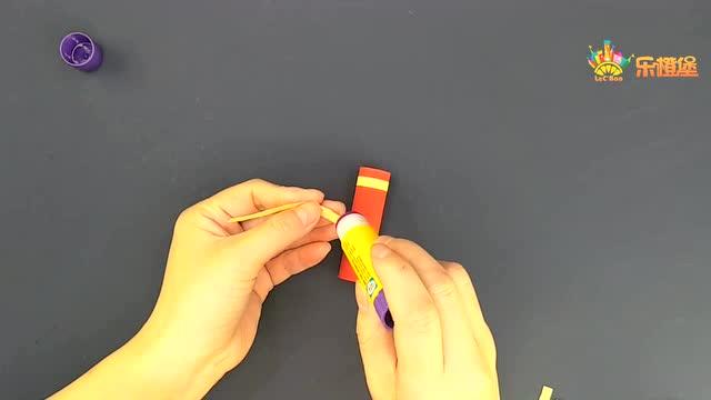 折纸教学 幼儿园新春过年装饰 纸鞭炮爆竹挂饰 4岁儿童