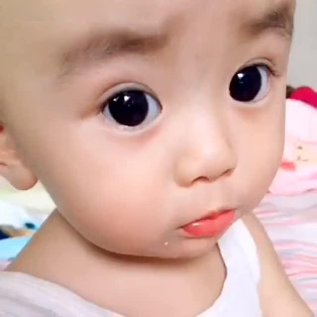 大眼睛宝宝_大眼睛搞笑宝宝