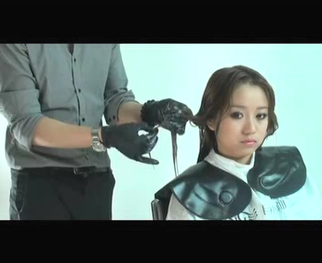 自由女神剪发吹风造型陶瓷烫美发视频图片