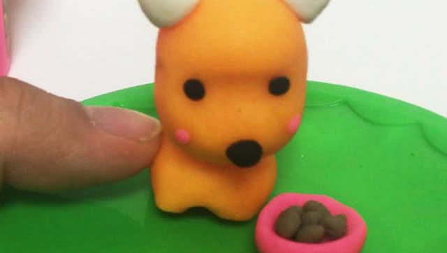 玩具视频 橡皮泥手工制作可爱狗狗寻食 亲子游戏
