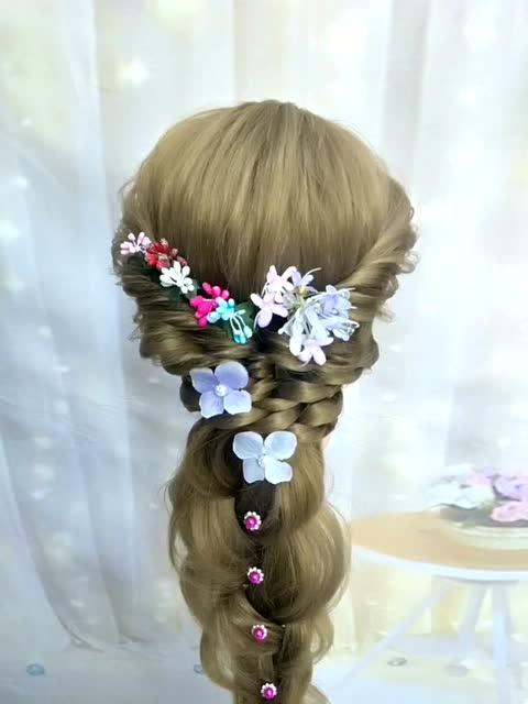 森系新娘发型你们喜欢吗?