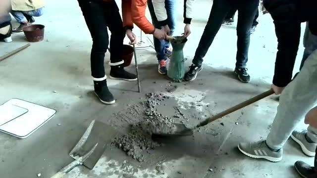 现场坍落度照片_普通混凝土坍落度试验