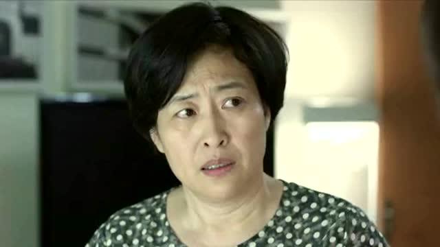 大丈夫:李小冉和关晓彤在电话里说什么悄悄话骗欧阳剑