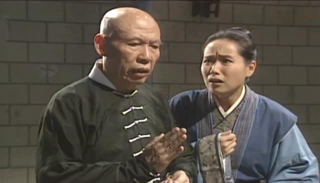赵雅芝《新白娘子传奇》许仙被关押梁王府,和尚闯入狱图片