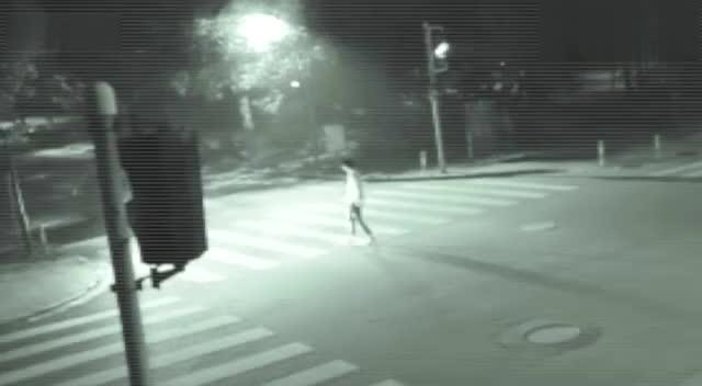 监控拍到的真实灵异事件录像