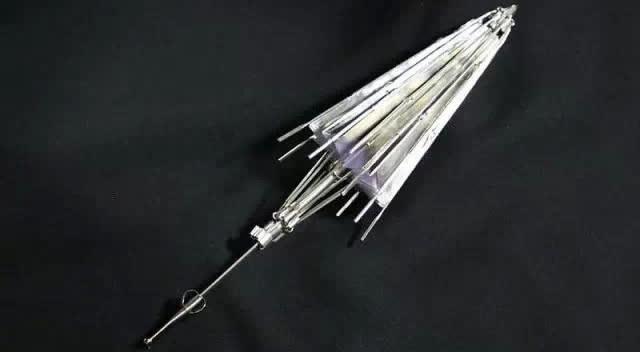 厉害!牛人手工自制全钢千机伞模型,可变十三种形态!