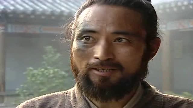 梁中书让谢都管等人陪同杨志上路,并要他们一路都听杨志的吩咐