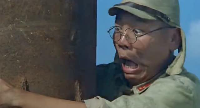 潘长江演的抗日喜剧_《举起手来》潘长江抗日英雄经典搞笑片段