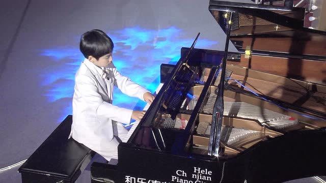 深圳少年朗朗的钢琴曲目《小丑》震撼人心!
