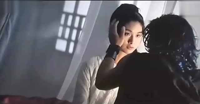 杨恭如郭富城吻戏电影《风云雄霸天下》