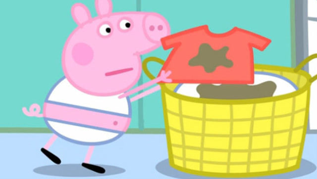 小猪佩奇洗衣服 粉红小猪妹很生气图片
