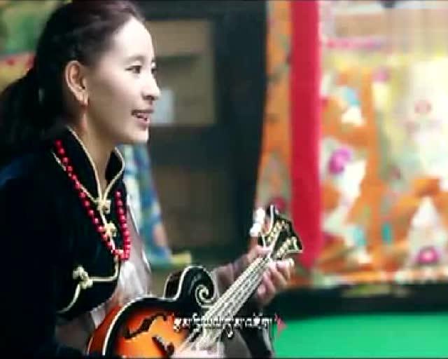 藏族歌手曲宗
