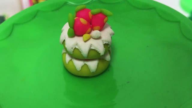 玩具视频 橡皮泥手工制作草莓香草蛋糕 亲子游戏