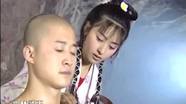 少林武王,小妮无微不至的照顾吴京,唱的歌真好听