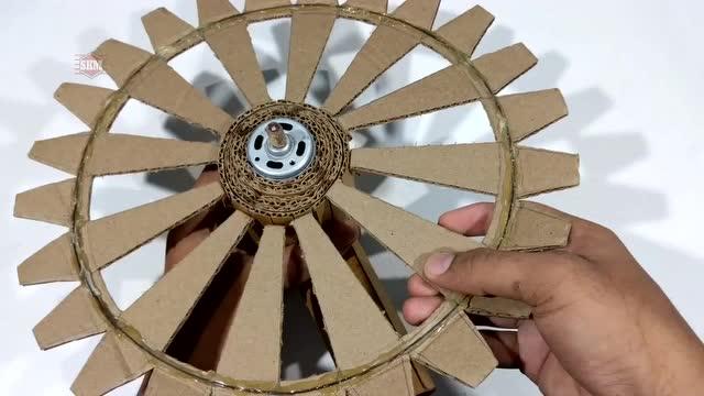 学点diy 如何手工制作一个硬纸板风扇