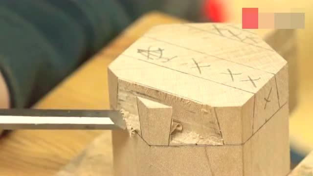老外学习木工,手工制作中国榫卯,表示太难了不想再做第二遍