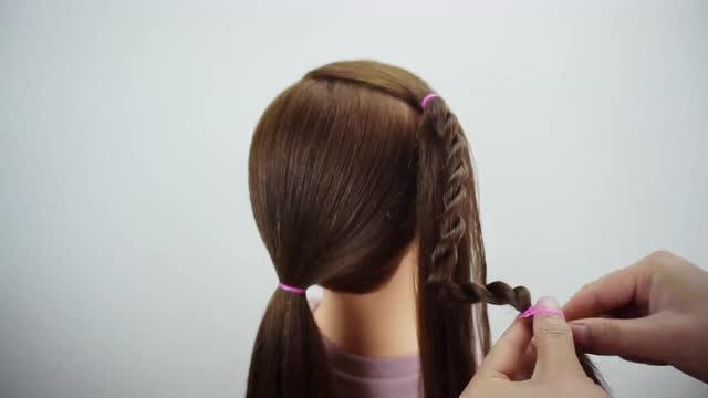 小学生日常马尾辫扎法 小女孩发型教程视频图片