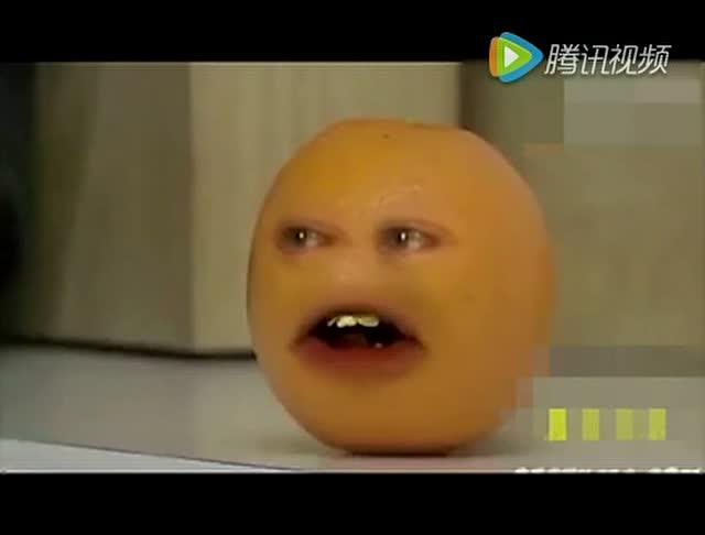 """""""梨""""和""""小苹果""""的搞笑对话,我笑的肚子疼 .这配音绝了图片"""