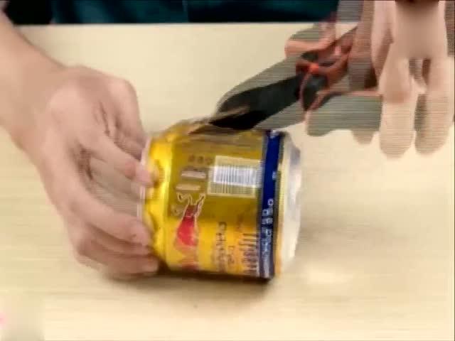 科学实验:用易拉罐做的火炉能把玉米蹦成爆米花吗?