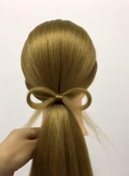 生活中必会编的发型麻花辫图片