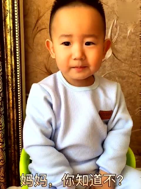 小孩吃榴莲好吗_儿子不吃榴莲给出来的理由,让妈妈都笑喷了,这孩子太逗了