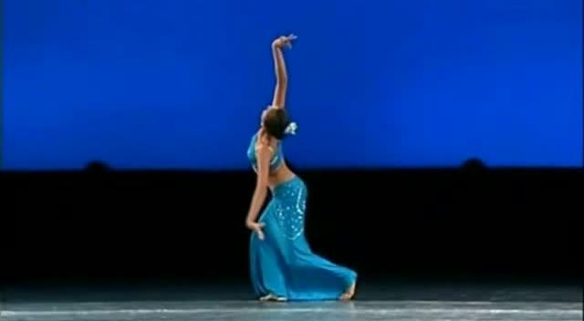 傣族舞组合 表演大赞图片