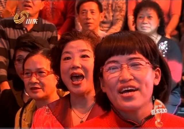 电影《小花》主题曲,李谷一《绒花》02年无人不晓